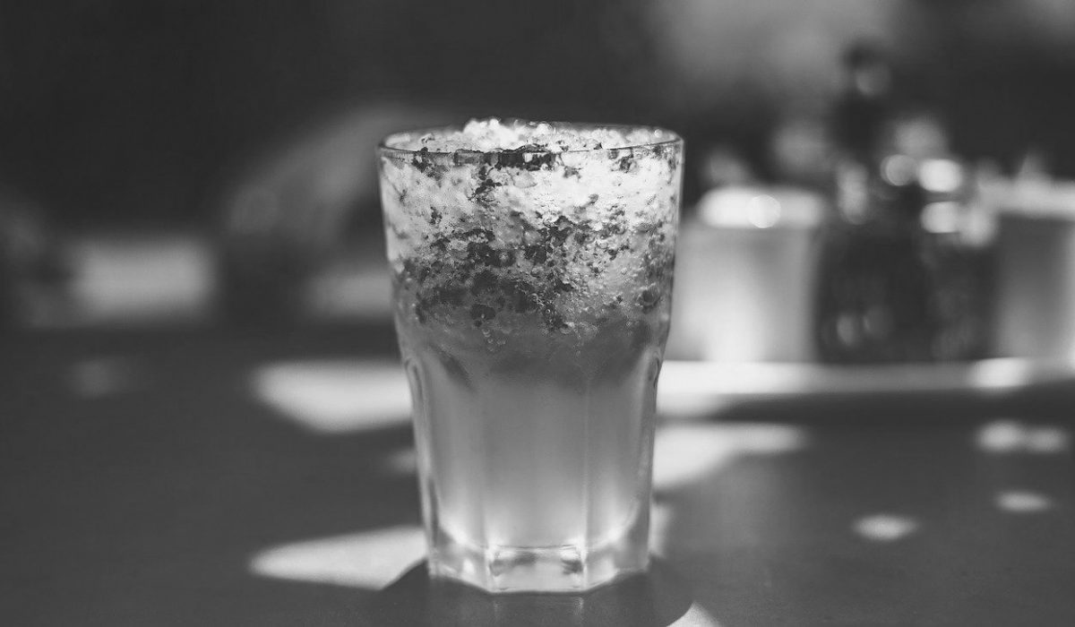 drink-kombinando-beverage-truck-street-food-bw